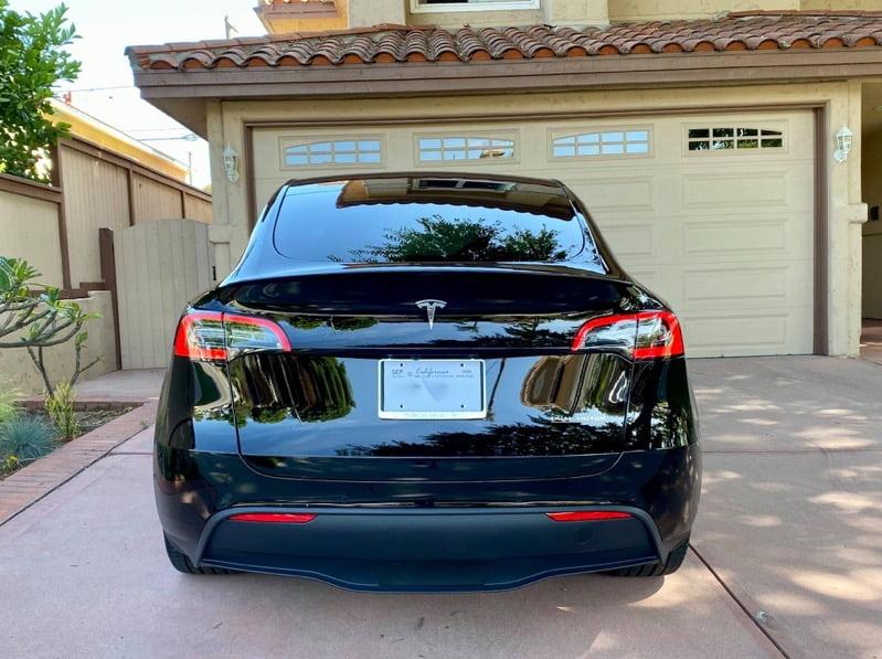 Tesla model y black on black 3