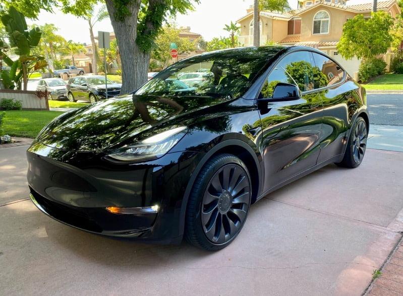 Tesla model y black on black