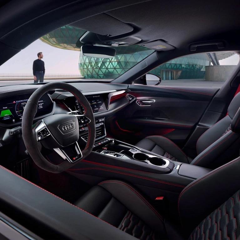 Audi e tron gt inside