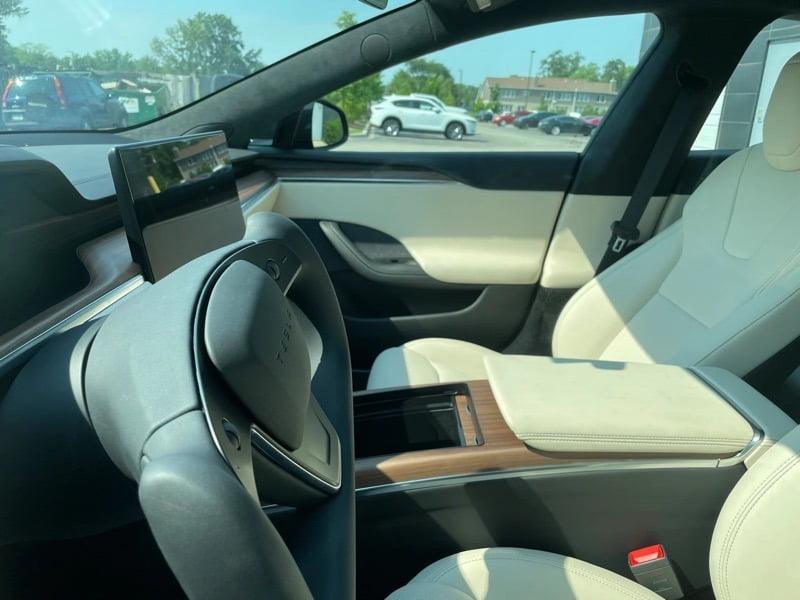 Model S LR cream interior