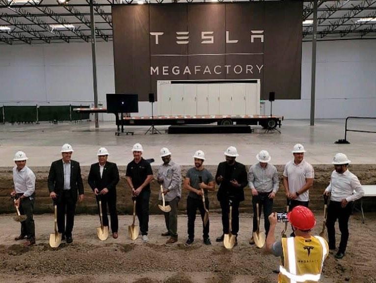 Tesla megapack factory 209 times